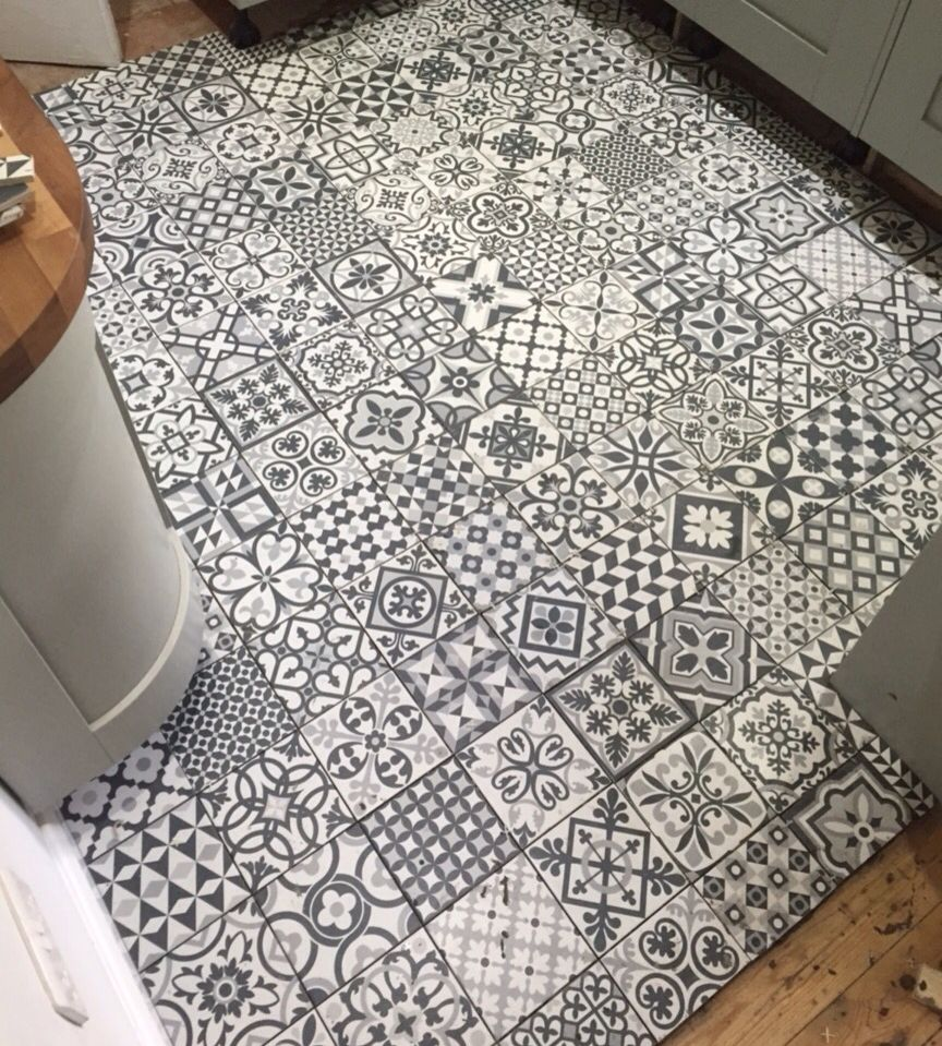 Monochrome patterned ceramic kitchen tiles mosaic patchwork monochrome patterned ceramic kitchen tiles mosaic patchwork waxmans heritage taco black dailygadgetfo Image collections