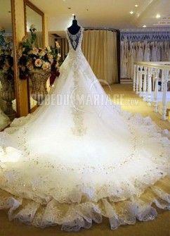 Col En V Princesse Perles Satin Broderie Robe De Mariée