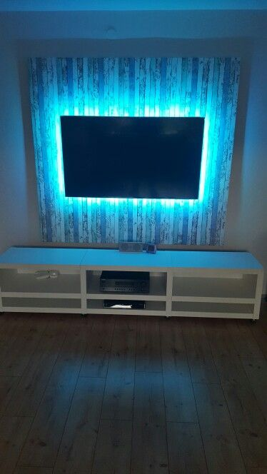 die besten 25 tv wand mit led ideen auf pinterest tv wand led tv wand mit led beleuchtung. Black Bedroom Furniture Sets. Home Design Ideas
