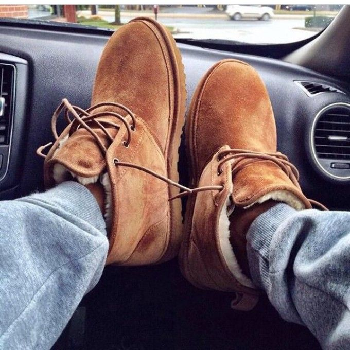 72750e54728 Pin by Stephanie Calderon on Uggs in 2019 | Shearling boots, Ugg ...