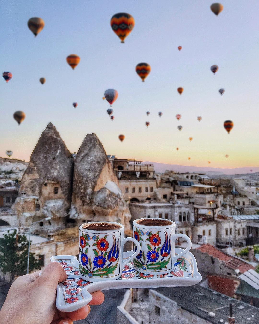 5 628 Begenme 141 Yorum Instagram Da Viktoriya Sener Tiebowtie Everyday Magic At Cappadocia Starts Wi Turkey Vacation Beautiful Places To Travel Travel
