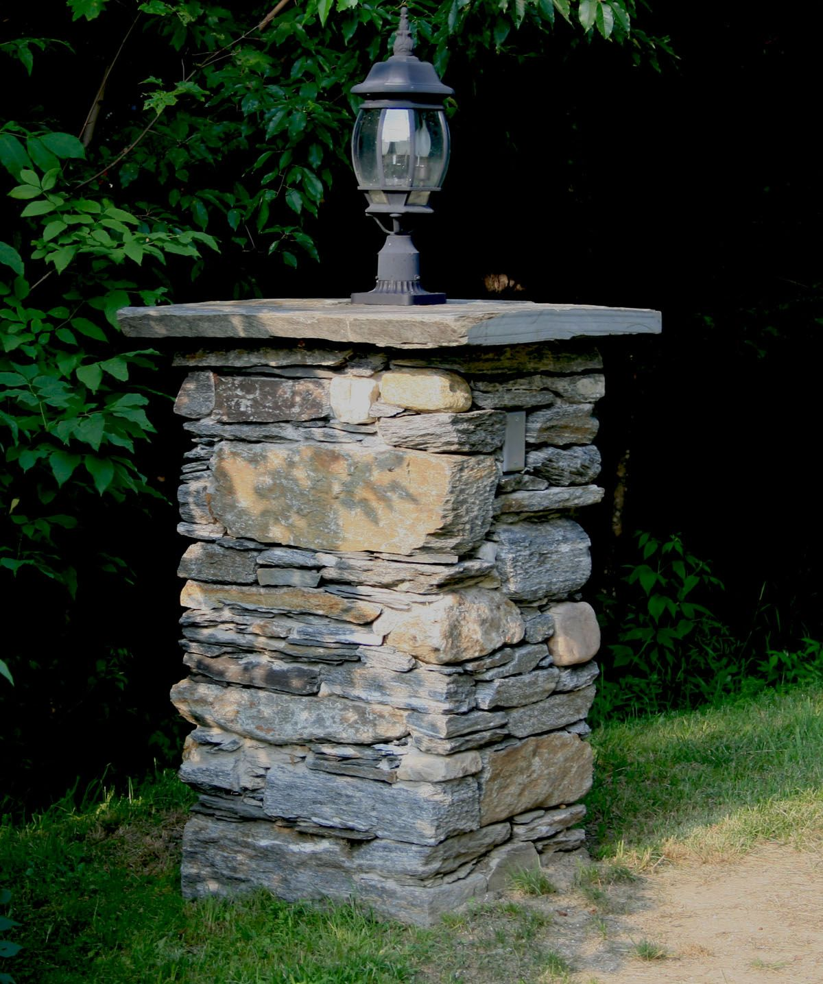 stone faced mailbox | ... faced in stone. They will be impervious to ... for Stone Pillar Lights  545xkb