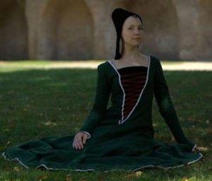 burgundisches Kleid