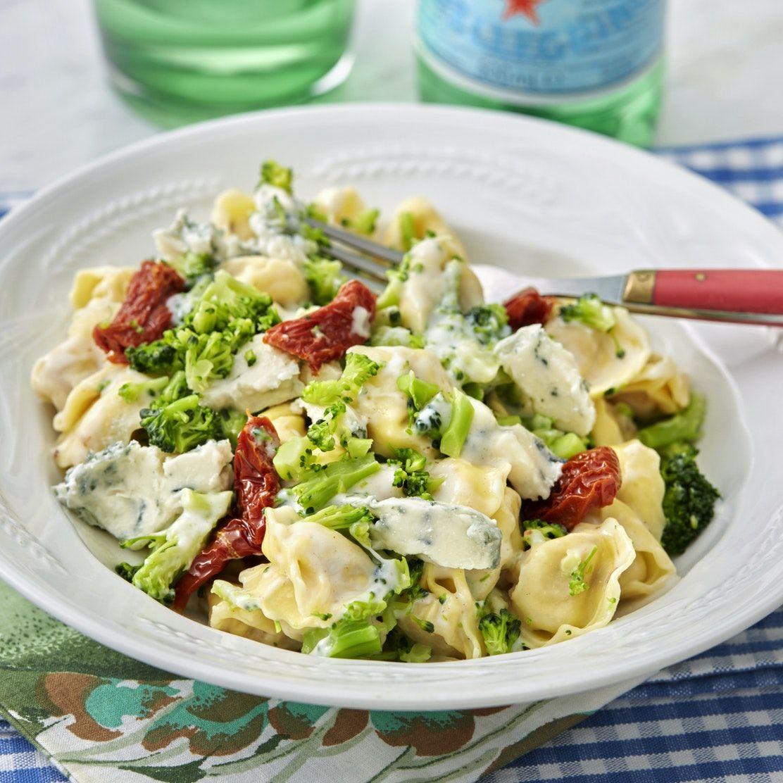 Tortellini Med Broccoli Och Ostsas I 2020 Enkel Matlagning