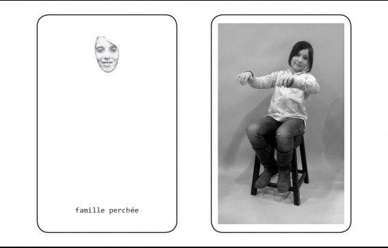 """Retour en images sur la Visite-Atelier pour les 6-11 ans proposée par les ATELIERS DU 12 autour de l'exposition """"Family Pictures""""."""