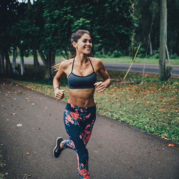 """3,523 Likes, 123 Comments - @albionfit on Instagram: """"FACT: Wearing Antigua leggings increases your chances of SMILING WHILE RUNNING by 100%. #iambionfit…"""""""