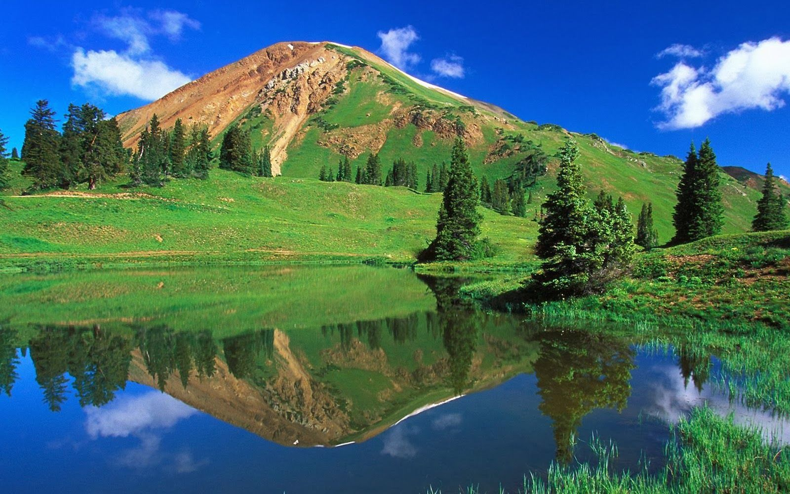 Most Beautiful Green Natural Places Desktop Background Image Best Nature Wallpapers Nature Scenery