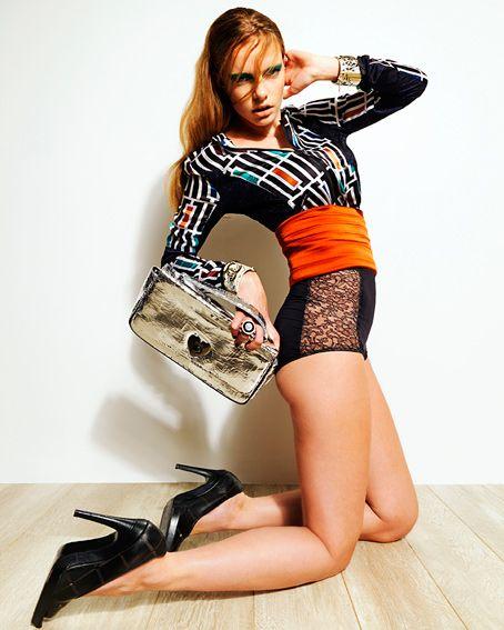 Editorial  para La Vanguardia   #maquillaje y #peluquería realizado por #montseribalta #montse #ribalta #editorial #lavanguardia  #magazine #moda #fashion #editorial #makeup #hairstylist #sergijasanada #angelcabezuelo ★★ Montse Ribalta ★★ para ver más fotos visita http://montseribalta.com/ ★