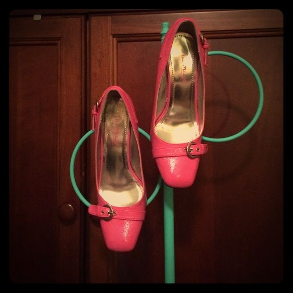 Pink Patent Leather Buckle Pumps! These cute pumps are perfect for Spring! Anne Michelle Shoes Heels
