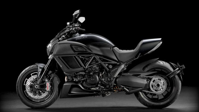 Ducati Diavel Bikes is a high performance and sports bike Get Latest