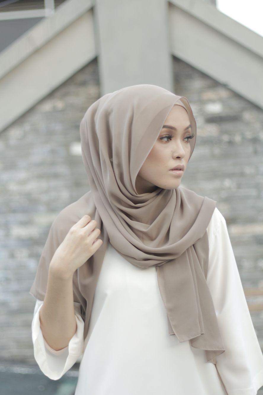 Color : hazelnut Semi instant shawl High quality chiffon Hijab Email to purchase hello.anahijab@gmail.com