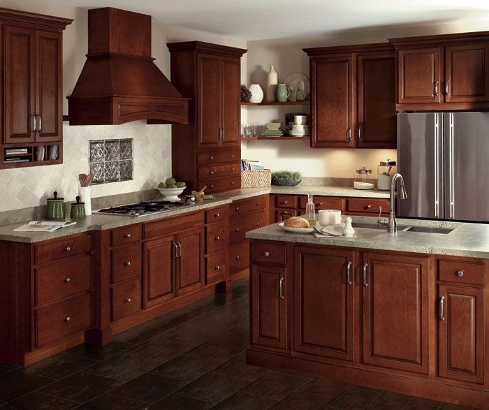 Glazed Cherry Cabinets In A Traditional Kitchen Homecrest Beautiful Kitchen Cabinets Farmhouse Kitchen Design Kitchen Design