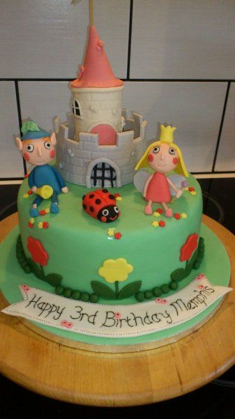 Ben and holly cake | Birthday party | Pinterest | Cake ...