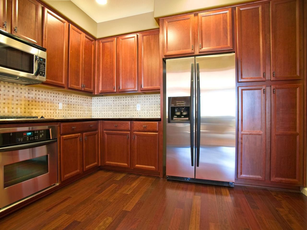 Wide View Of Oak Kitchen Cabinets A Wood Floor Stainless Kitchen. Kitchens With Pine Cabinets. Rustic Kitchen Cabinets Rustic Kitchens and Pine Kitchen Cabinets. Kitchen with Black Granite and Natural Pine Cabinets Buscar Con