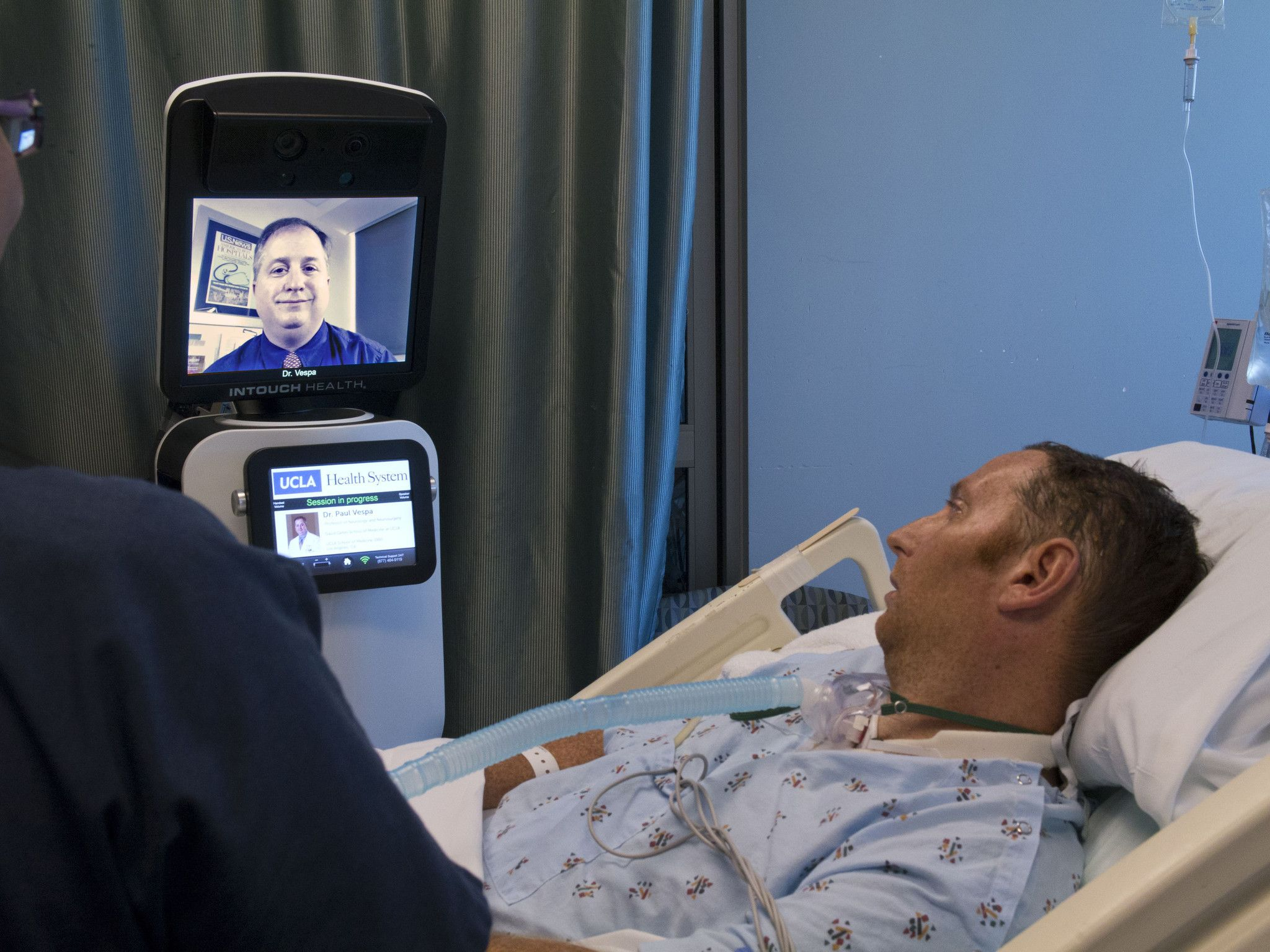 Technology To Play A Bigger Role In Hospital Care Healthcare Infographics Hospital Technology