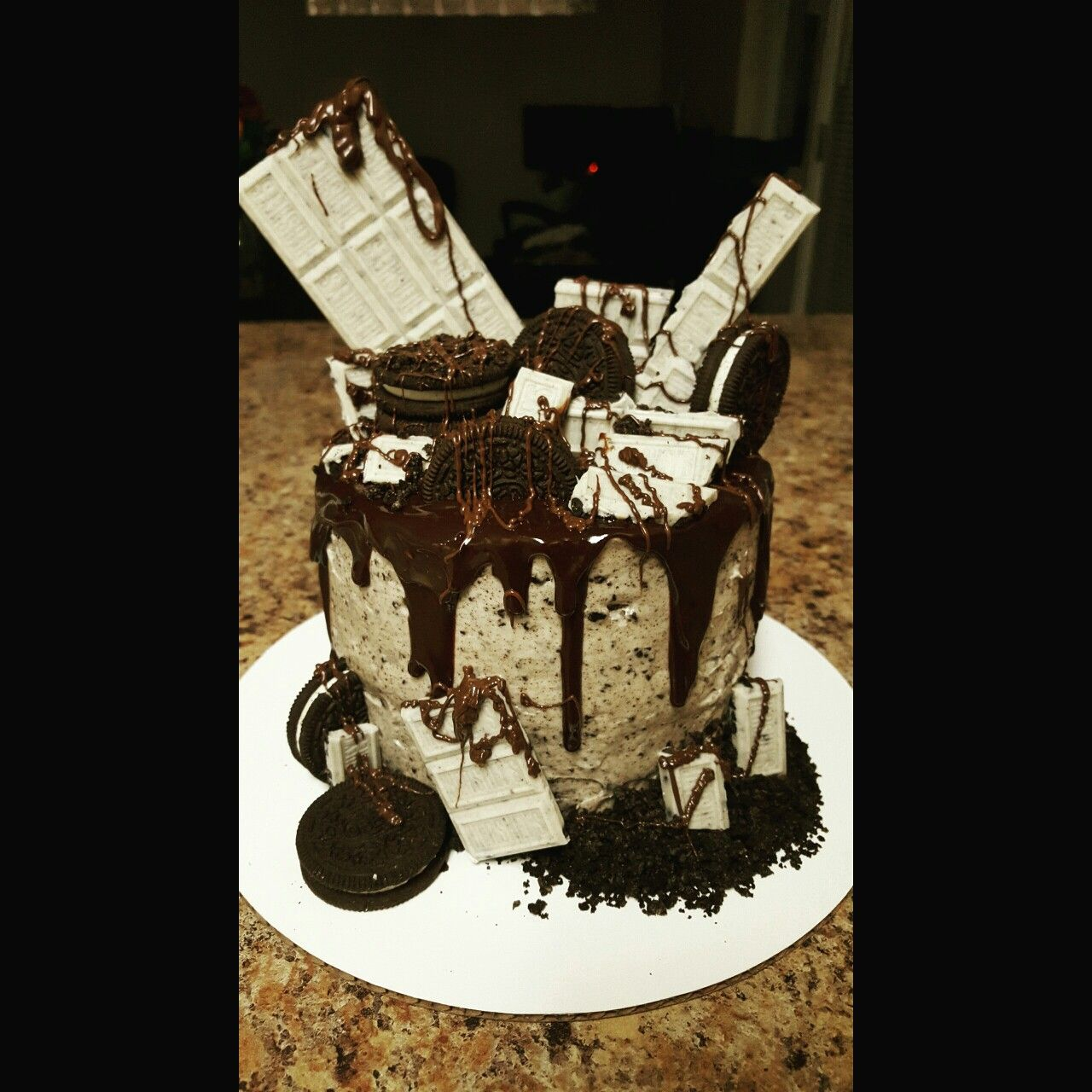 Awesome Ultimate Cookies And Cream Cake With Chocolate Gauche With Funny Birthday Cards Online Hendilapandamsfinfo
