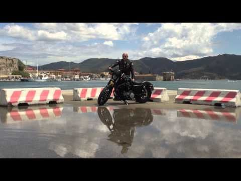 Harley Davidson Iron 883 Vs Forty Eight 1200 Acceleration 1080p Youtube Harley Davidson Harley Moto Logo