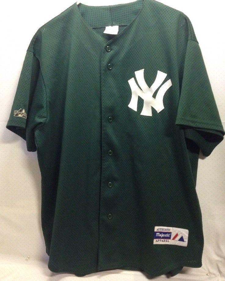 Vintage Majestic Green New York Yankees Jersey New York Yankees Apparel Mens Tops