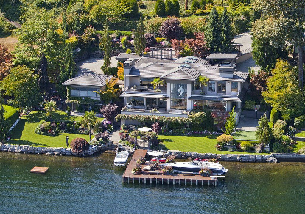 Sophisticated Waterfront Estate In Medina With Private Dock Idesignarch Interior Design Architecture Interior Decorating Emagazine Bill Gates S House Celebrity Houses Expensive Houses