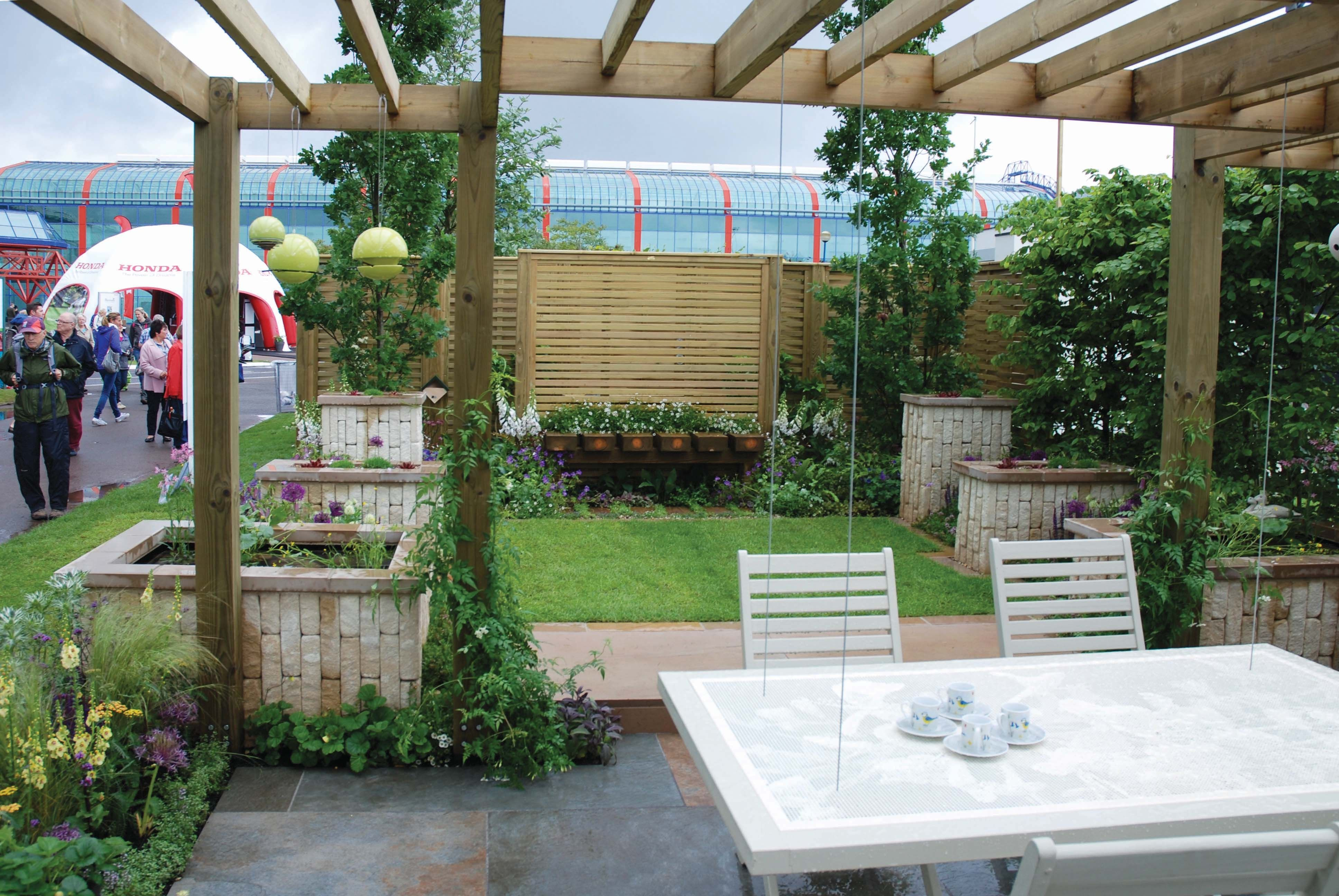 Genesis Landscapes and Wardrop & Stevenson show garden 'The Green Connection' for BBC Gardeners World Live 2016.
