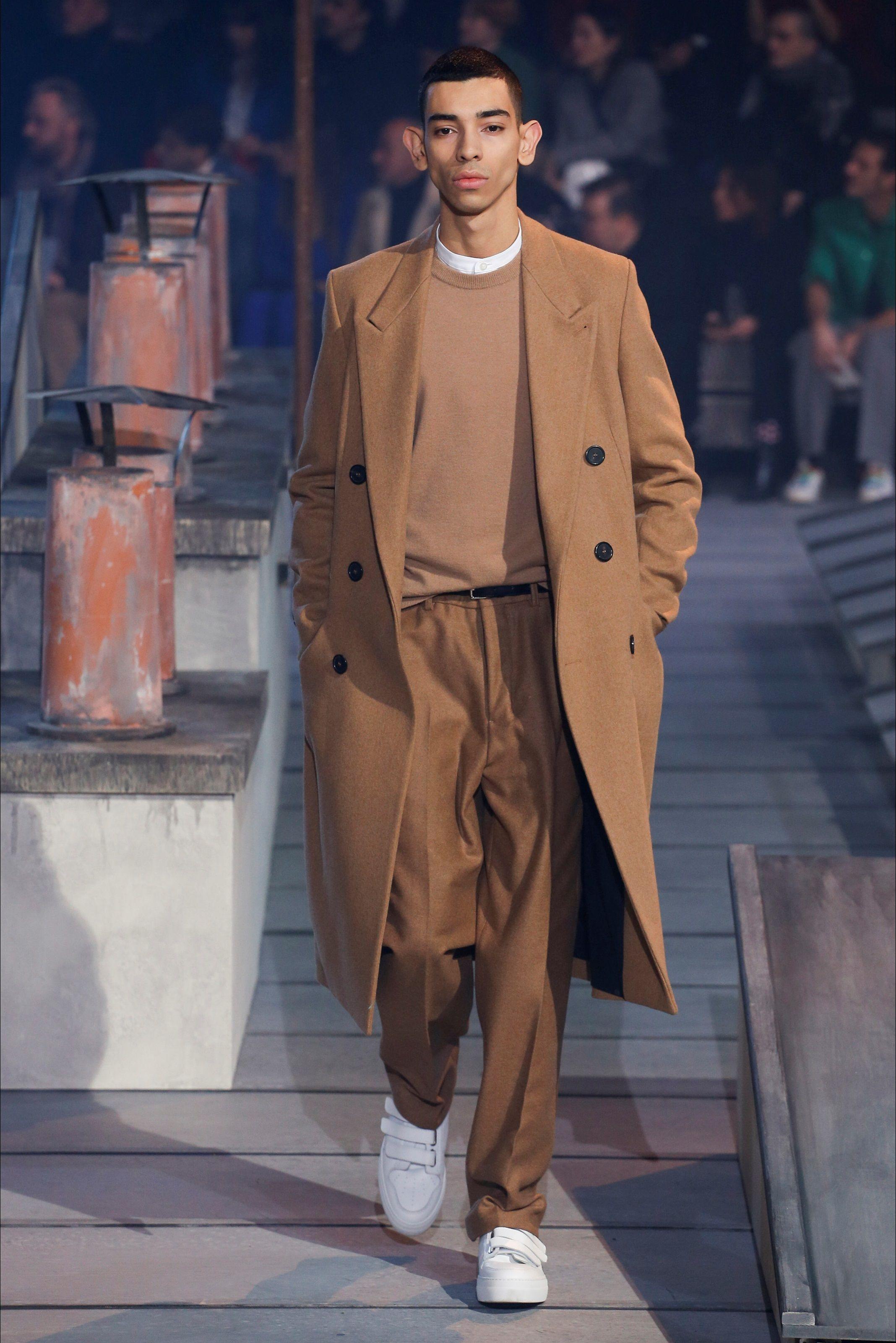 6f1536386 Sfilata Moda Uomo Ami Parigi - Autunno Inverno 2018-19 - Vogue ...