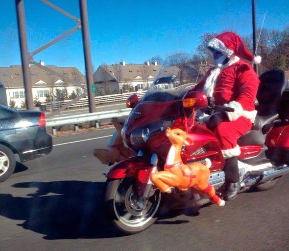 Santa Claus en motocicleta