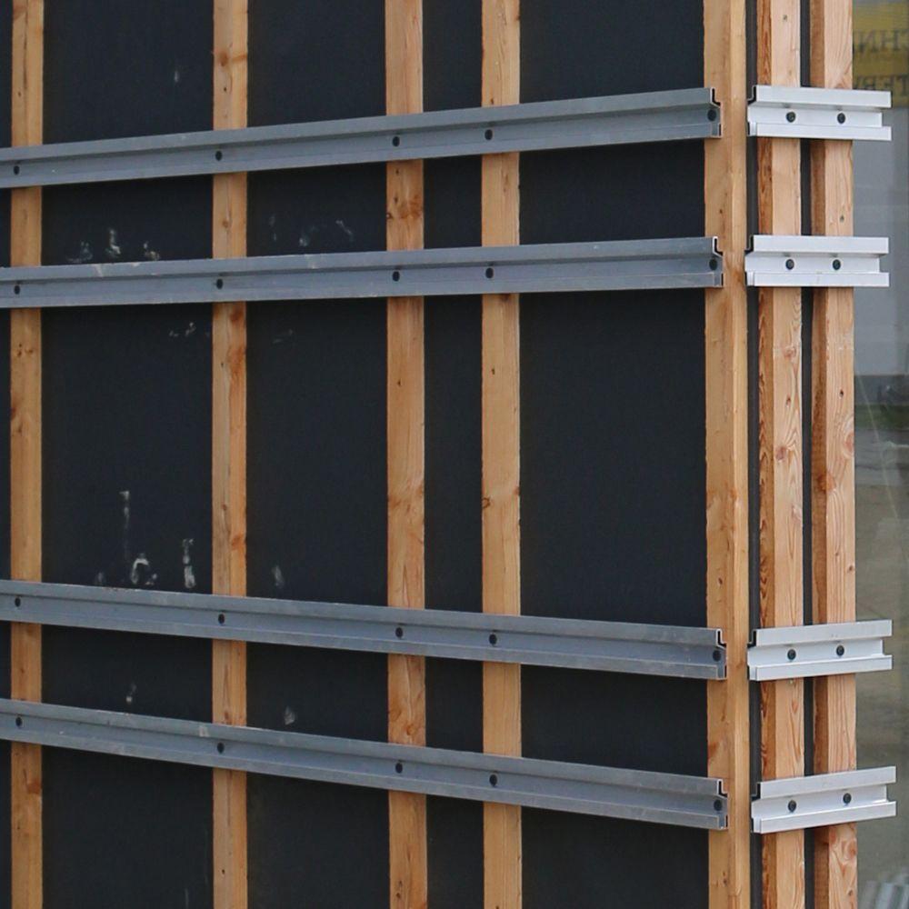 Ceratec Neo Tragprofile Auf Einer Holzrahmenkonstruktion Zur