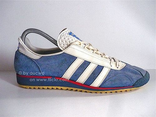 70`S 80`S VINTAGE ADIDAS MARATHON TRAINING SHOES