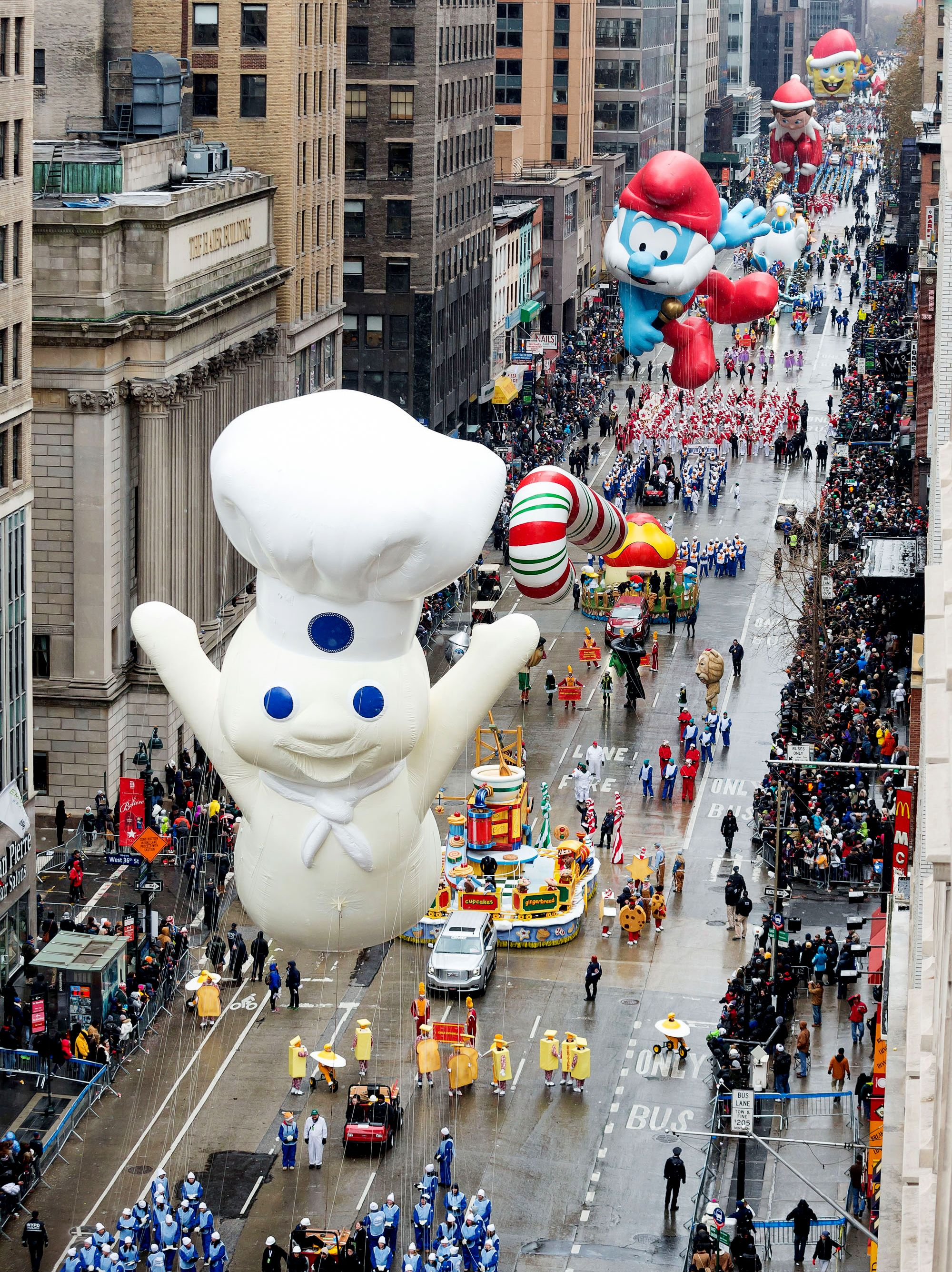 Thanksgiving Tv Specials And When They Re Airing Macy S Thanksgiving Day Parade Thanksgiving Day Parade Thanksgiving Day
