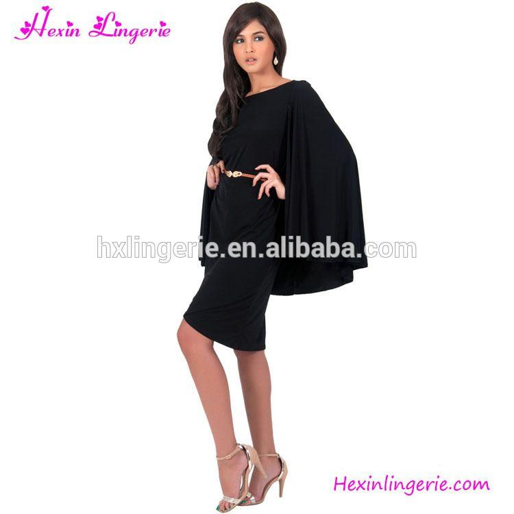 Vestito nero semplice in italian