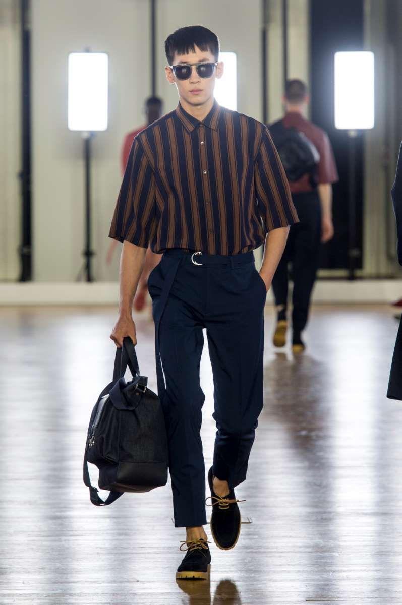 Relajada y retro, así es como puede definirse la colección Spring,Summer  2018 de Cerruti en la semana de la moda de París