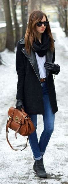 Classical Jacket Camel Bag and High Jeans