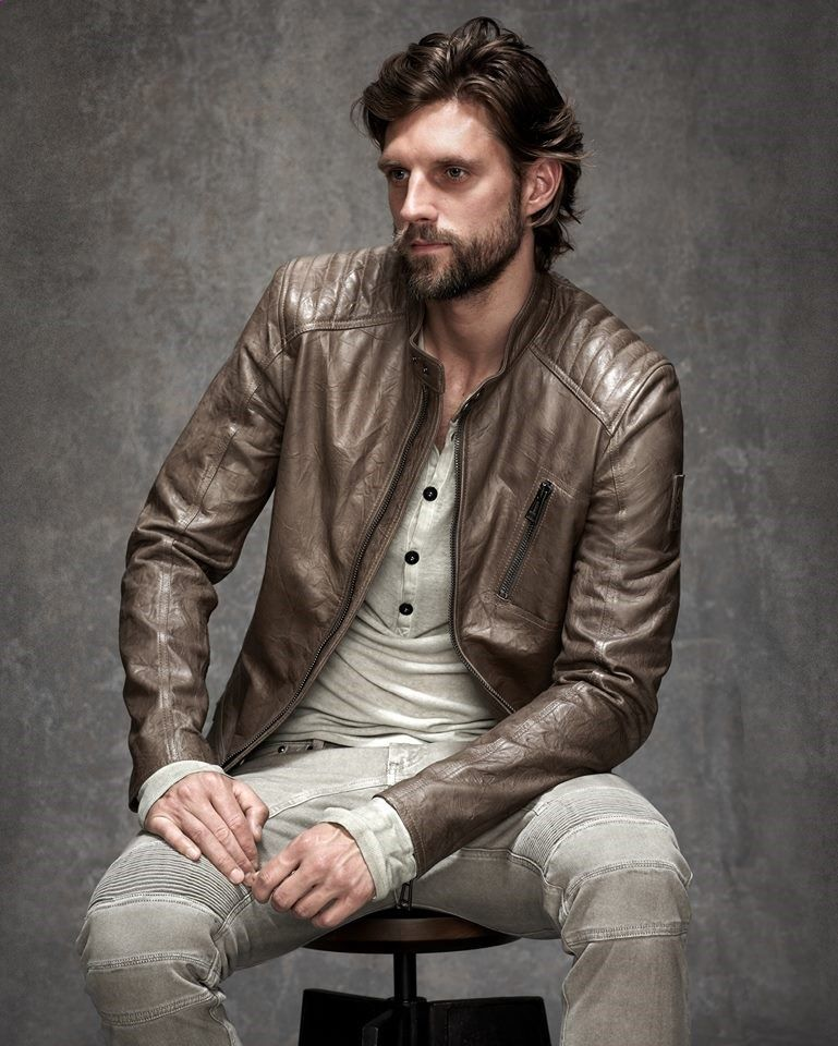 chasquido Intenso Pasteles  Belstaff Spring 2015 Mens Leather #Menswear #Trends #Tendencias #Moda Hombre  | Leather fashion, Mens casual dress, Leather jacket men