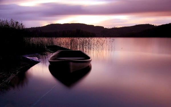 Image Detail For Peaceful Place Hd Wallpapers Boat Wallpaper Peaceful Places Lake