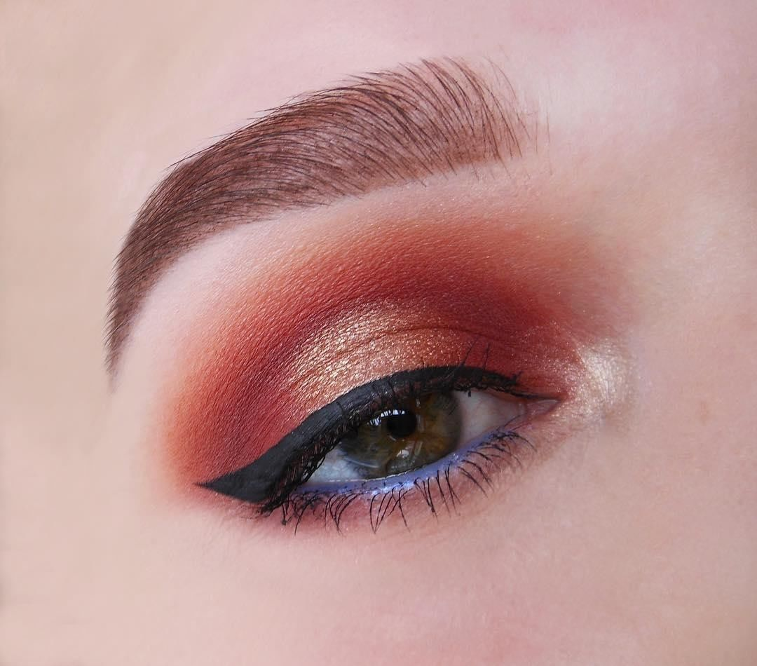 Shimmery eye look and perfectly accurate brows