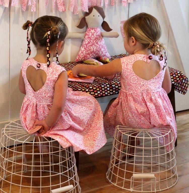 kinderkleidung sch ne kleider f r kleine m dchen n hen kinderkleid n hen. Black Bedroom Furniture Sets. Home Design Ideas