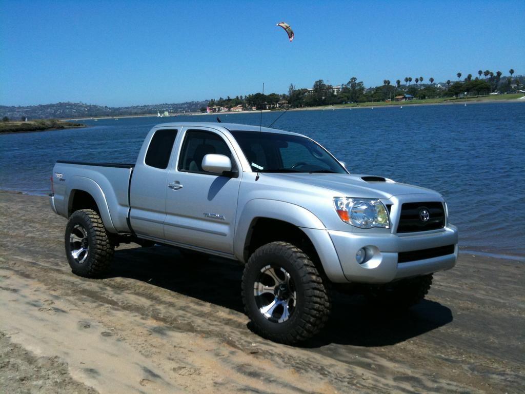 Chevy Dealership San Antonio >> 2008 tacoma silver - Google Search | 2002 toyota tacoma, Toyota tacoma, Tacoma 2008