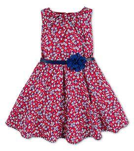 Kleid In Der Farbe Rot Bei C A Mode Madchen Kleidung Stilvolle Outfits