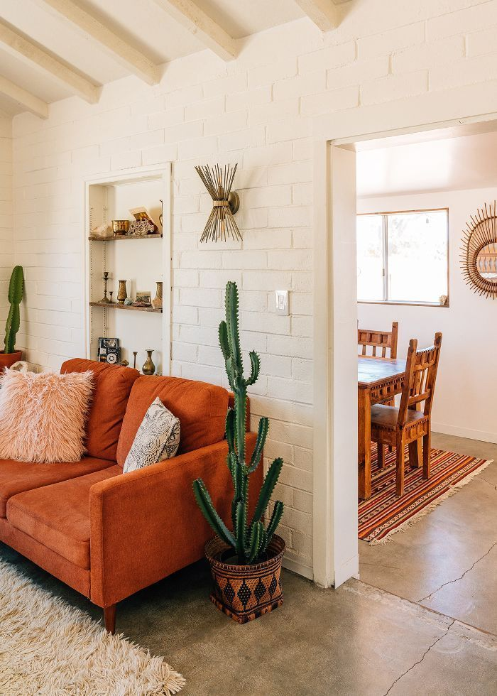 This Chic Airbnb Calls for Ditching City Life for the Desert -  Airbnb home tour – A mix of mid-century modern, bohemian, and industrial interior style. Home and - #airbnb #bohohomedecor #calls #Chic #City #desert #ditching #homedecorbohemian #homedecorelegant #homedecorfarmhouse #homedecorforsmallspaces #homedecorkitchen #homedecorminimalist #homedecorstyles #Life #simplehomedecor #traditionalhomedecor #uniquehomedecor #vintagehomedecor