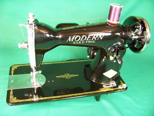Vintage Modern Deluxe Sewing Machine From The Fifties With Classy The Singer Manufacturing Co Sewing Machine Ebay
