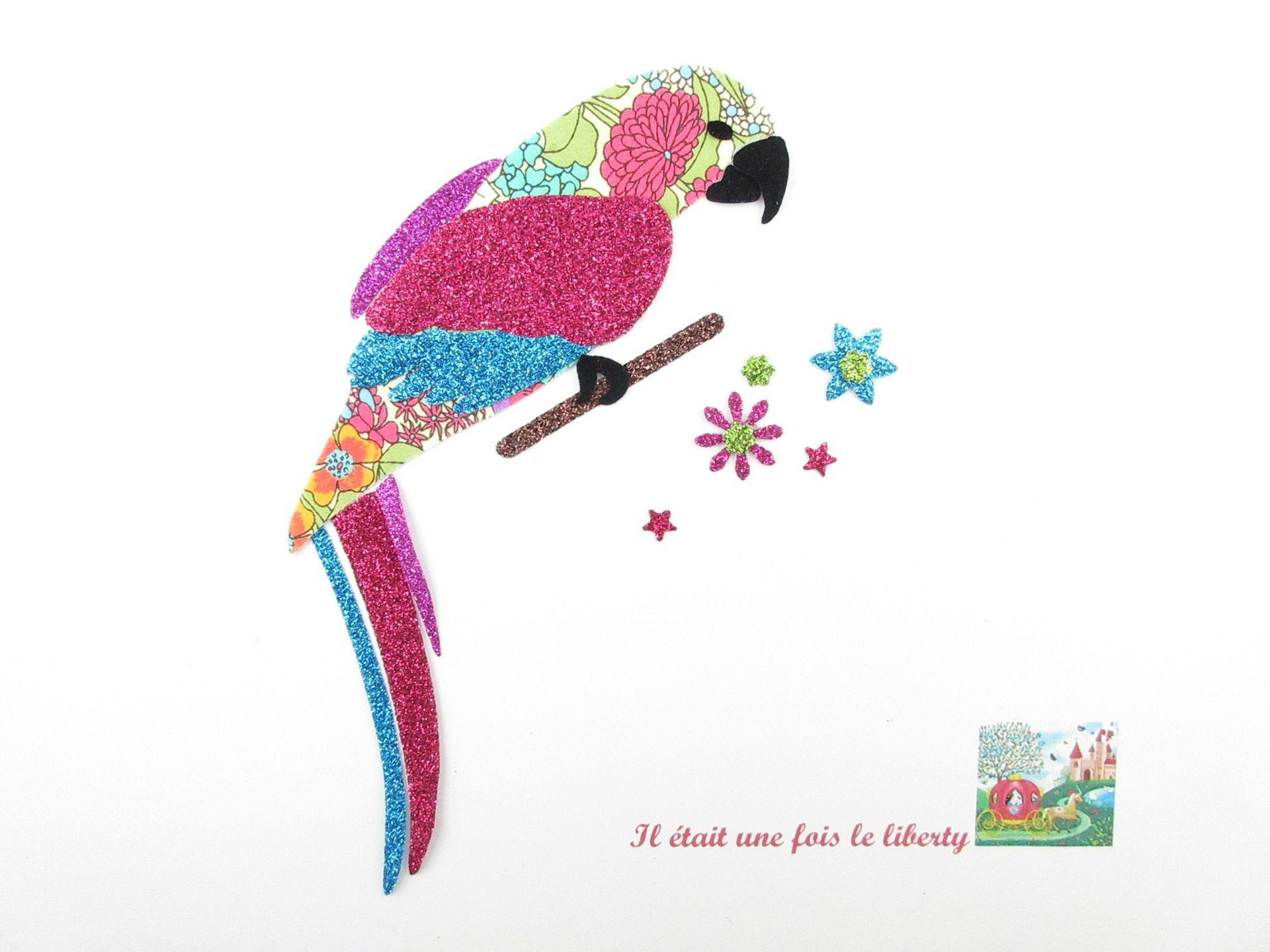 TOUCAN dans un arbre oiseau animal fer sur craft motif élégant patch