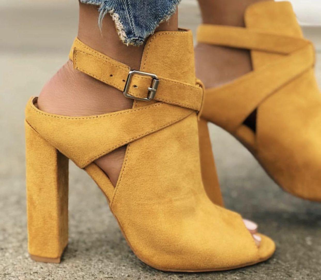 女士PU凉鞋休闲套穿大码鞋- cuteshoeswear slippers cute slippers outfit