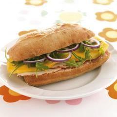 Recepten - Ciabatta met kipfilet, mango en sinaasappelsap