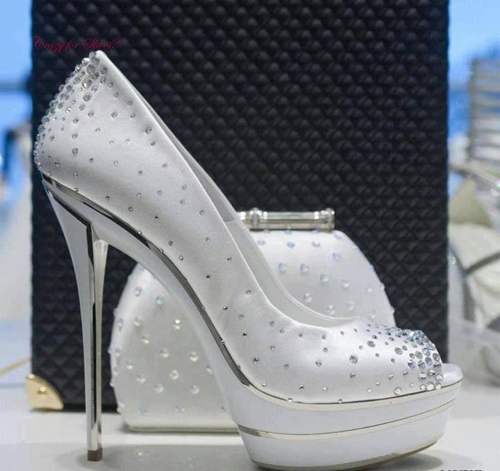 Linda combinação, Sapato + bolça prata