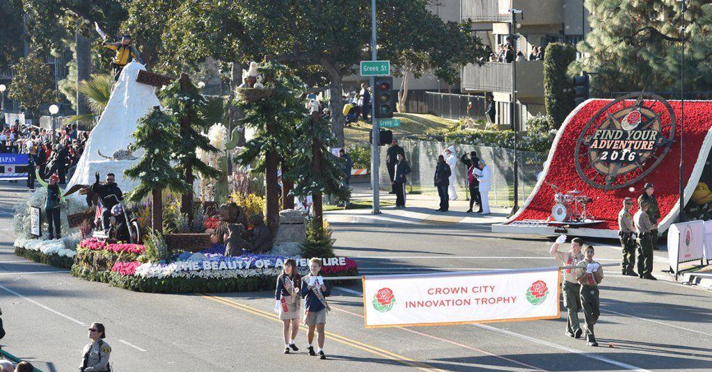Marchan contra deportaciones tras Desfile de las Rosas en Pasadena - http://bit.ly/1Sr0RWo