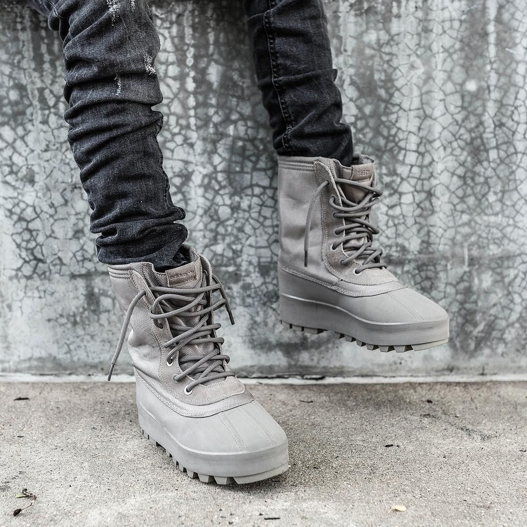 feb709ae5 adidas Yeezy 950 Duck Boot