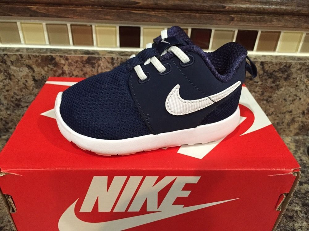 4731a3a25adaa New Kid's Infants Nike Roshe One TDV 749430 Size 5c | eBay | Clothes ...