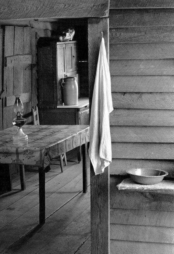 Farmer\'s Kitchen, Hale County, Alabama, 1936 photographer, Walker ...