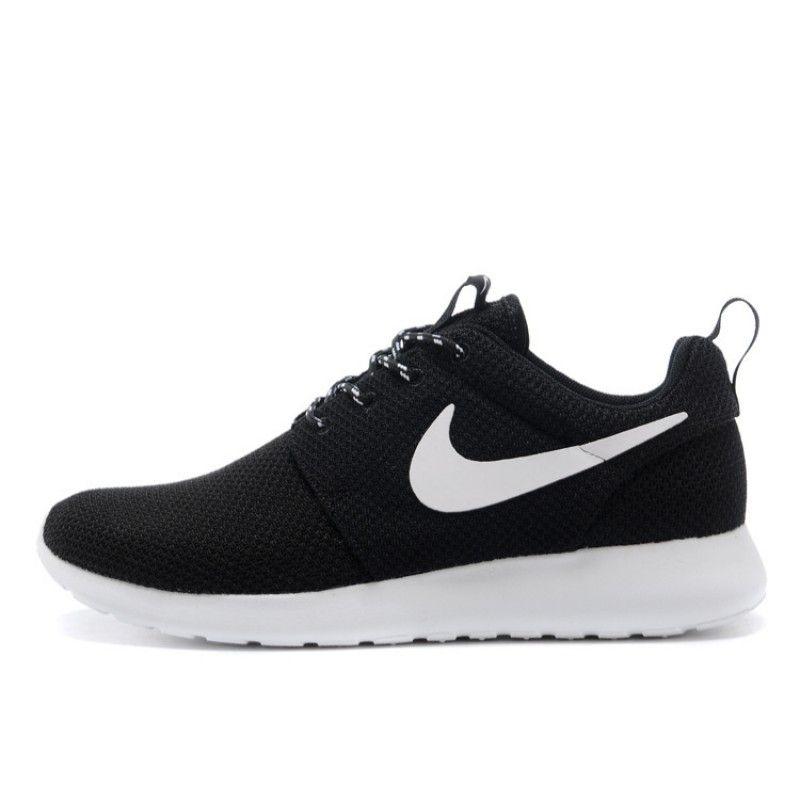 Nike Women's Roshe Run 250 #twinnigiswinnig | Shoes | Mode