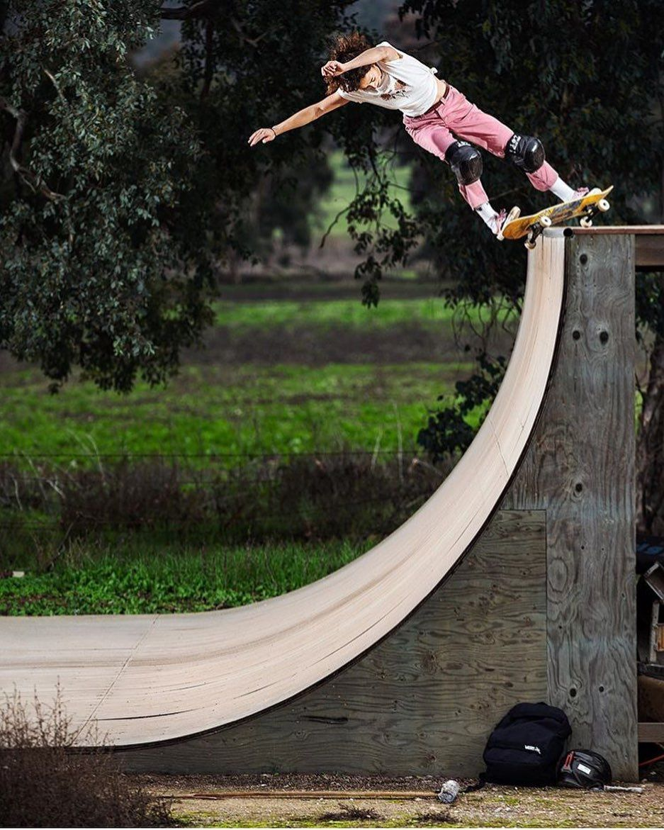 Lizzie Armanto On Instagram Bs Hurricane Outfit From My Lastest Vans Collection Photo Aacostaa Skateboard Pictures Skate Ramps Longboarding